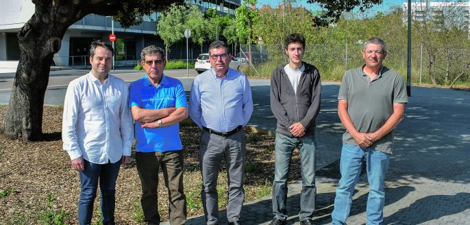 Alessandro Baldassarri, Josep Oliveras (elaboradors), i Joan Pons, Ignasi Sinfreu i David Torrelles (productors). A la foto hi falta l'elaborador Jaume Gramona.